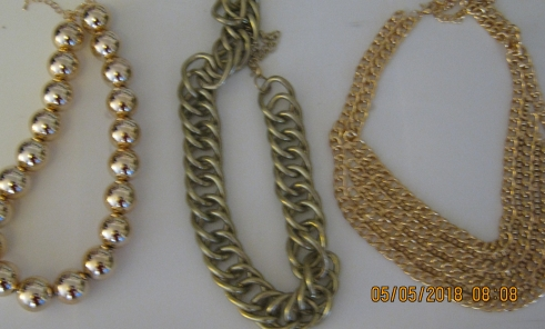 These necklaces would dress up anything, from a plain tee to a lovely shirt dress.
